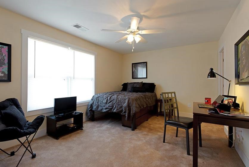 Furnished Apartments Near Unf
